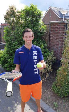 Start tennisles